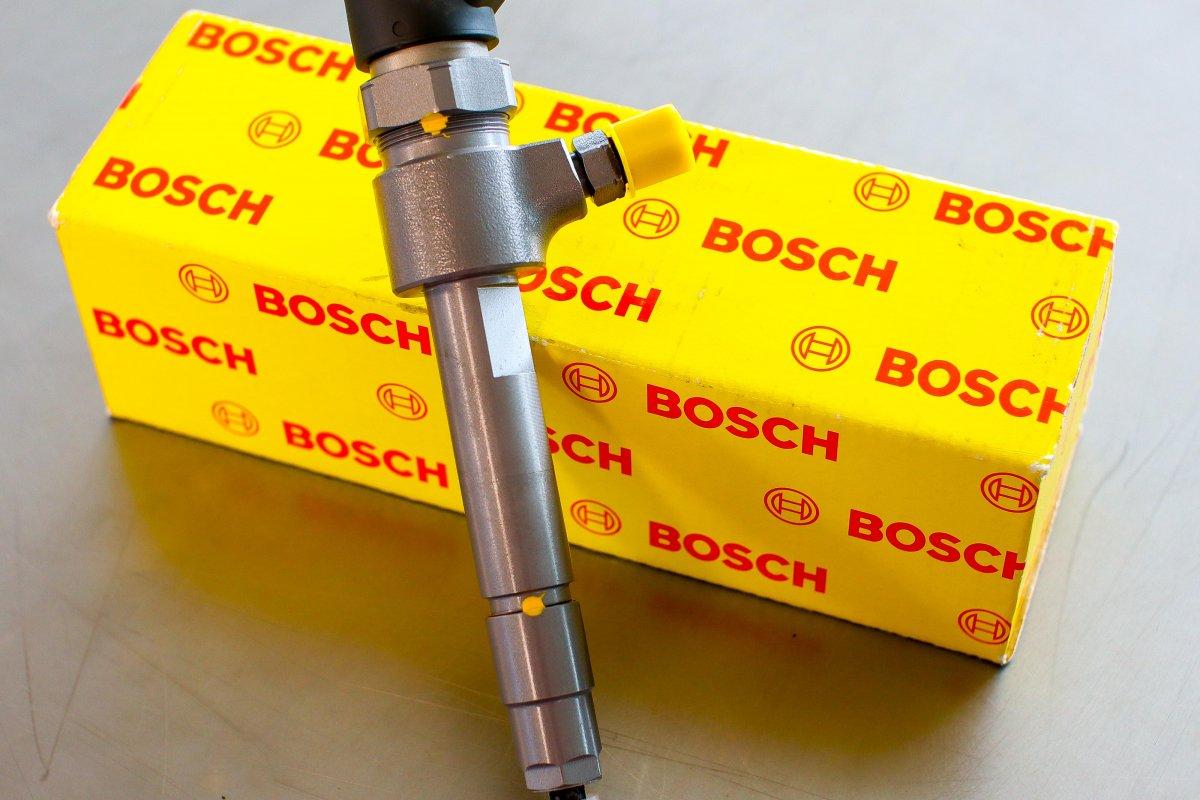 Wtryskiwacz Bosch po naprawie gotowy do wysyłki do zamawiającego na gwarancji w dobrej cenie