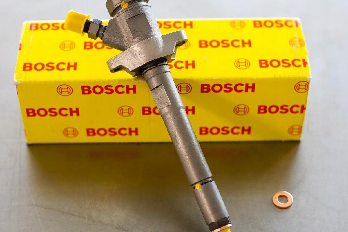 Wtryskiwacz Bosch po regeneracji przygotowany do wysłania do zamawiającego na gwarancji na okres 24 miesięcy w atrakcyjnej cenie